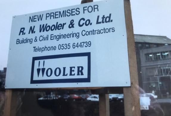 wooler sign